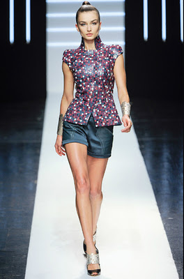 Maxime_Simoens_Spring_2012_Couture_(from_style_com)